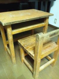 昭和レトロな学校机を買っちゃいました